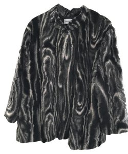 Alfred Dunner Faux Fur Black And White Fur Coat