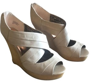 Seychelles Taupe Wedges
