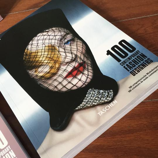 the fashion book the Bible of fashion Image 9