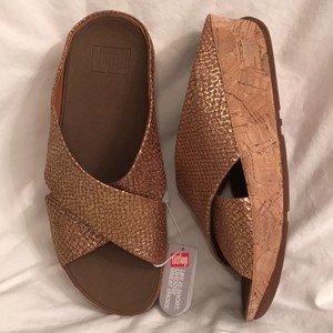 FitFlop New/nwt Comfortable Wedge Platform Gold Rose Gold Sandals