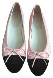 Chanel Black and pink Flats