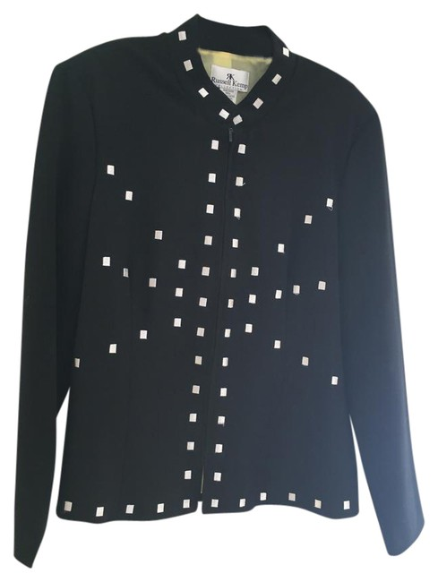 Preload https://img-static.tradesy.com/item/20530532/russell-kemp-black-and-white-lined-jacket-sweaterpullover-size-12-l-0-1-650-650.jpg