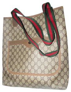 Gucci Mint Vintage Great For Everyday Great For Laptop Great To Mix & Match Perfect Size Tote in leather & large G logo print coated canvas in shades of brown