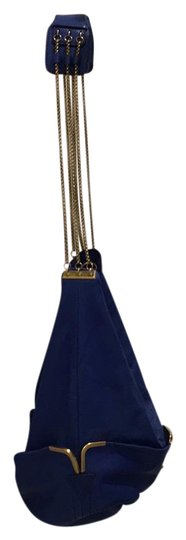 Preload https://img-static.tradesy.com/item/20530881/chloe-shoulder-bucket-with-royal-blue-and-gold-chain-detail-lamb-skin-leather-hobo-bag-0-1-540-540.jpg