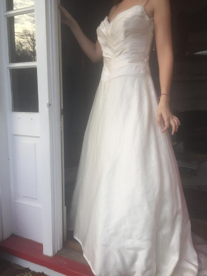 2 be bride Two Tone: White and Ivory Silk Romantic with Sweetheart ...