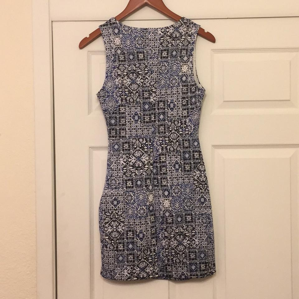 Forever 21 Mosaic Print Sheath Night Out Dress