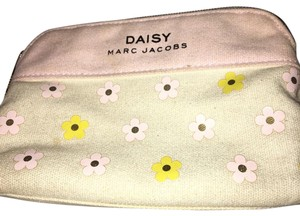Marc Jacobs Marc Jacobs Daisy Make Up Bag