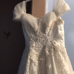 Private Label By G Beautiful G Wedding Dress