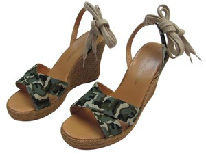 436a4372b25 Jean-Michel Cazabat Size 8.50 M Camouflage Leather Soles Very Good  Condition Green