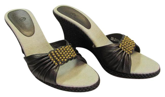 Item - Brown with A Sheen M Wooden Beads Very Good Condition Wedges Size US 9 Regular (M, B)