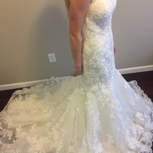 Casablanca Casablanca Bridal Mermaid Style Wedding Dress; Style 2163 Wedding Dress