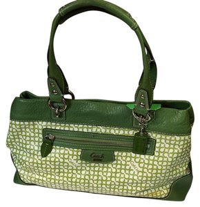 Coach Tote in spring color green