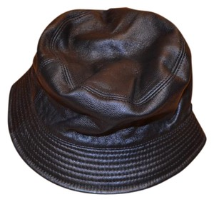 Burberry burberry leather hats