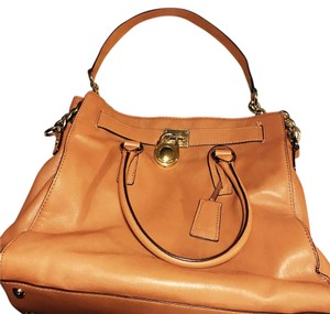 Michael Kors Satchel in Tan/Brown