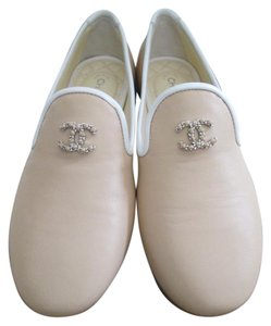 Chanel Leather Logo Mocassins Beige Flats
