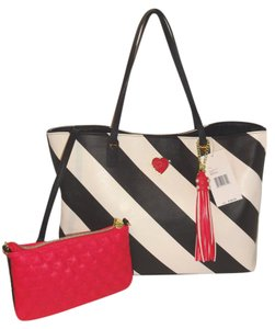 Betsey Johnson Pouch Tote in black / bone