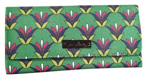 Vera Bradley Emerald Diamonds Trifold Wallet