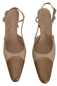Chanel Cream/Natural Pumps