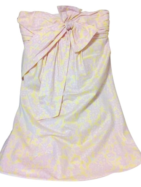 Preload https://img-static.tradesy.com/item/205352/lilly-pulitzer-pink-strapless-sundress-above-knee-short-casual-dress-size-8-m-0-0-650-650.jpg