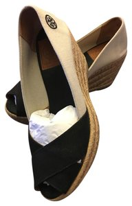 Tory Burch black white Wedges