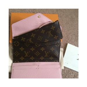Louis Vuitton Rose Ballerine josephine wallet