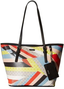 Nine West Tote in Multi