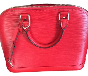 Louis Vuitton Tote in Lipstick red