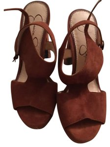 Jessica Simpson chestnut Platforms