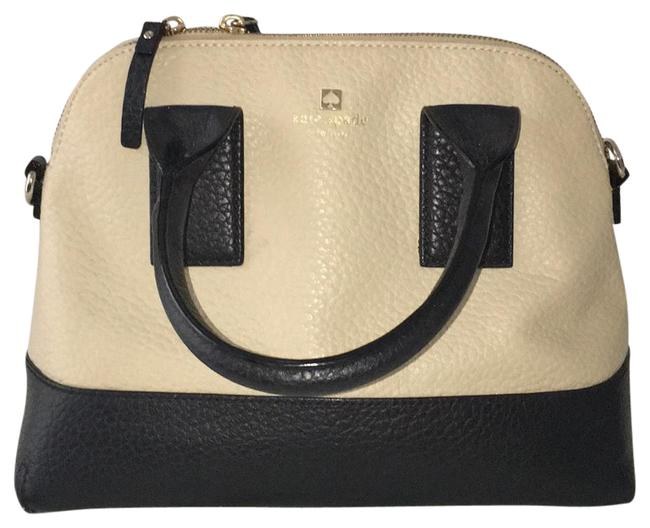 Item - South Port Avenue Cream and Black Leather Baguette
