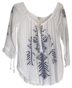 ea20f06ab White LF Tops - Up to 70% off a Tradesy