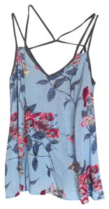 Lily White Top Floral