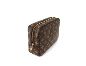 Louis Vuitton Trousse 23 Monogram Canvas Travel Dopp Toiletry Makeup Bag