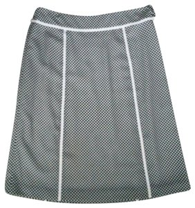 Jones Wear Fully Lined Skirt Black & White