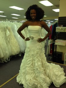 Enzoani Finley Wedding Dress
