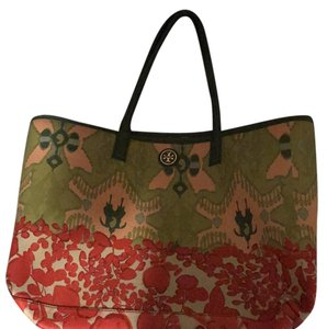 Tory Burch Tote in ikat