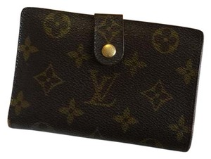 Louis Vuitton Kiss lock wallet