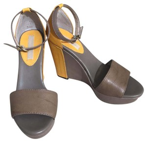Banana Republic Tan, Yellow Wedges