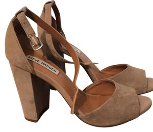 Steve Madden taupe suede Pumps