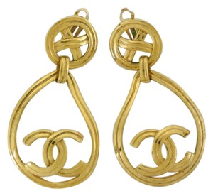 Chanel authentic Chanel clip earring