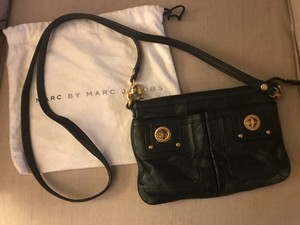 Marc Jacobs Travel Leather Gold Hardware Cross Body Bag