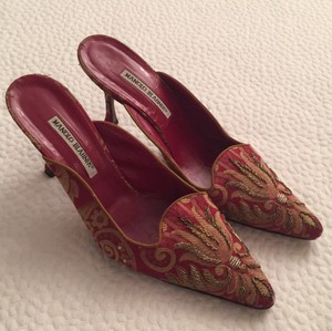 Manolo Blahnik Red with gold embroidery Mules
