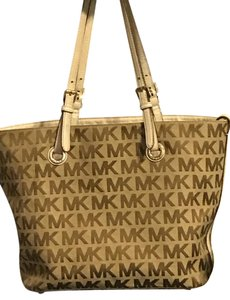 Michael Kors Mk Handbag Tote in Brown