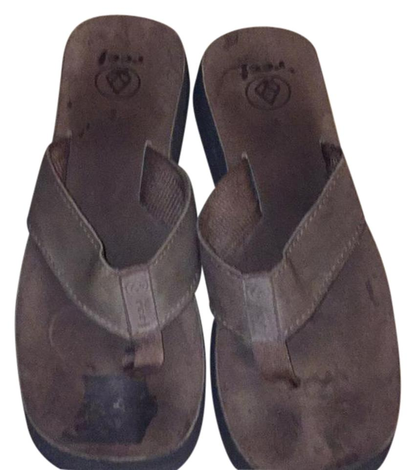 68cee13199cb Guess Shoes Guess Brand Flip Flops Color BlackBrown Size 9