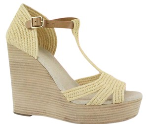 79d1f2f29ad7e5 Women s Beige Tory Burch Shoes - Up to 90% off at Tradesy