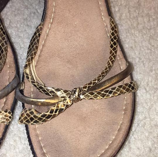 Italian Shoemakers brown/gold Wedges Image 1