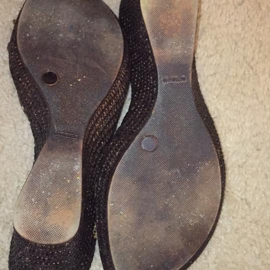 Italian Shoemakers brown/gold Wedges Image 3