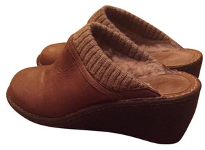 UGG Australia Medium brown Mules
