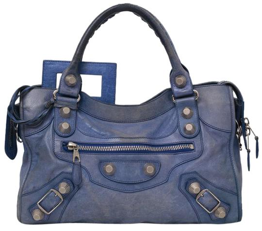 Preload https://img-static.tradesy.com/item/20540611/balenciaga-giant-city-blue-leather-shoulder-bag-0-2-540-540.jpg