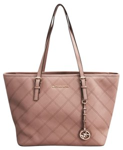 79b29df12147 Michael Kors Jet Set Quilted Stitching Top Zip Saffiano Leather Tote in  Dusty Rose