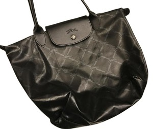Longchamp Tote in Black and silver